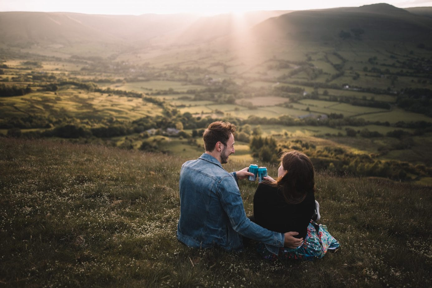 couple drinking brew dog beer in Peak District